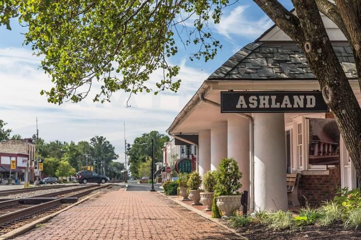Ashland, Virg., depot, 2014.