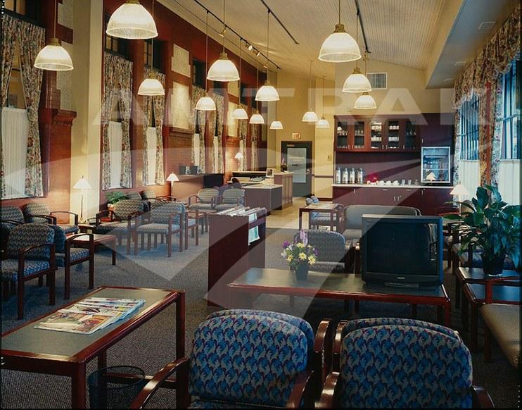 Portland Metropolitan Lounge.