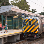 <i>Keystone Service</i> train at Elizabethtown, Pa., 2013.