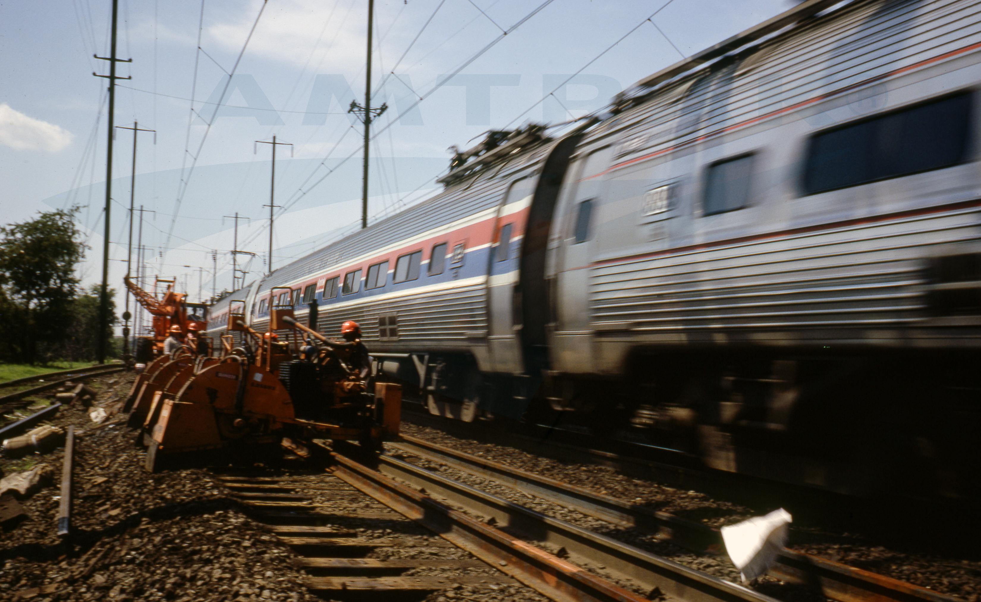 Amtrak #604 GE E60C electric locomotive photo (8 Aug 1997 ...