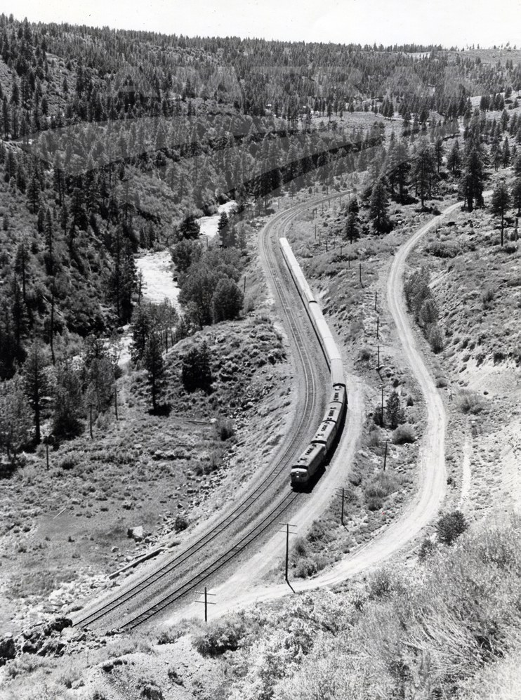 <i>San Francisco Zephyr</i> along the Truckee River, 1970s.