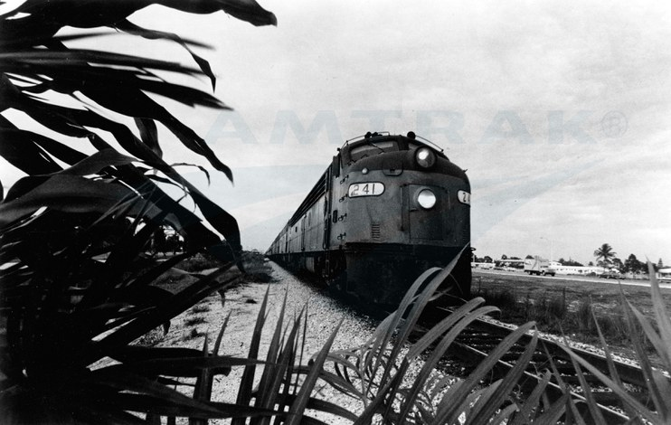 <i>Silver Meteor</i> near Hollywood, Florida, early 1970s.