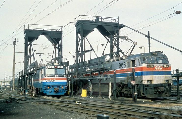 Locomotives AEM-7 No. 901 and E-60 No. 966, 1980s.