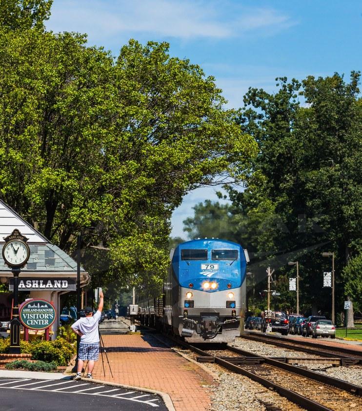 <i>Northeast Regional</i> pulling into Ashland, Va., 2014.