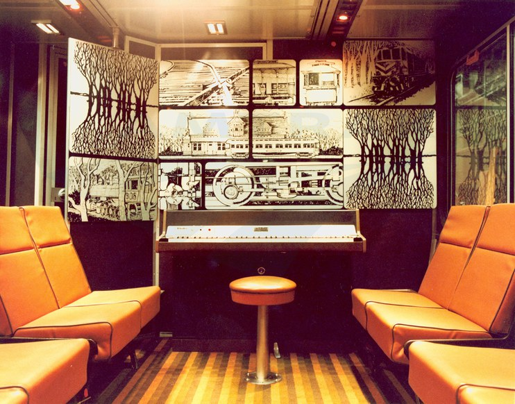 Piano lounge in a Sightseer Lounge car, 1980s.