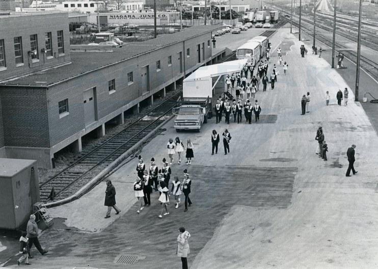 Service inaugural at Niagara Falls, N.Y., 1978.
