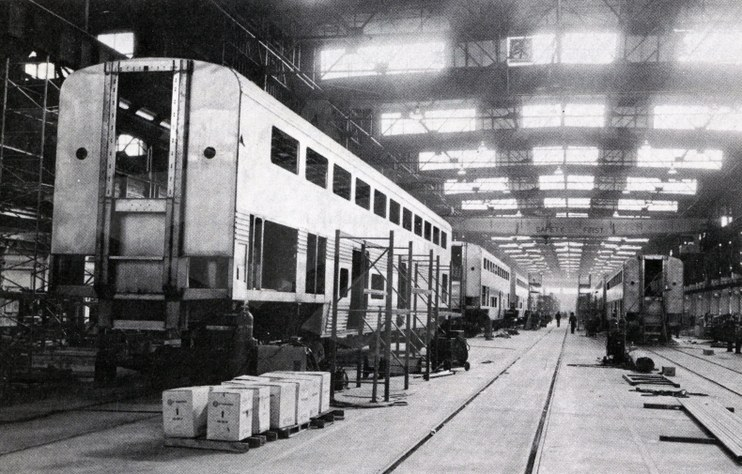 Superliner assembly at the Pullman Standard plant, 1977.