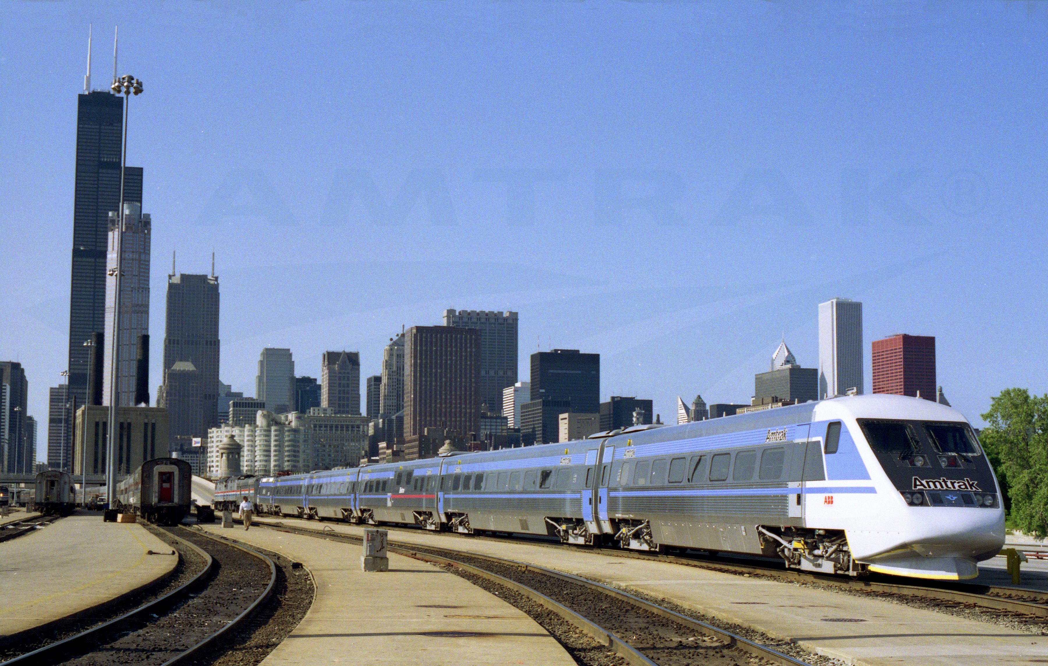 X2000 In The Chicago Yards 1993 Amtrak History Of