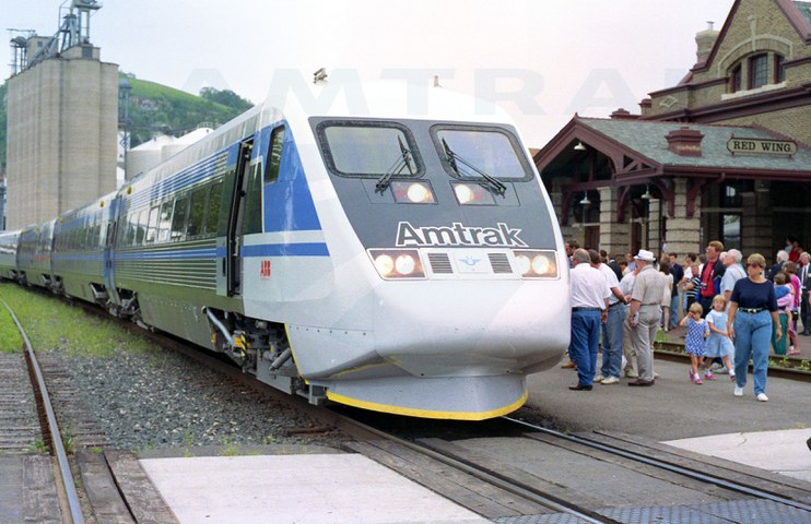 X2000 on display in Red Wing, Minn., 1993.