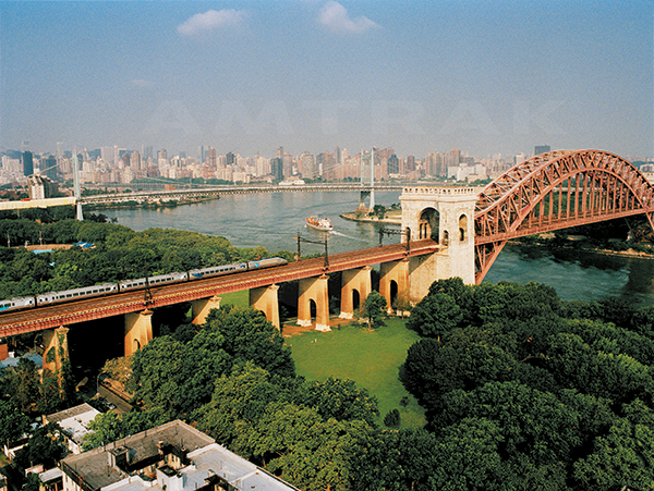 Hell Gate Bridge Aerial view