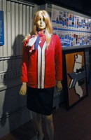 1970s passenger service representative uniform displays the 'headless arrow&' motif