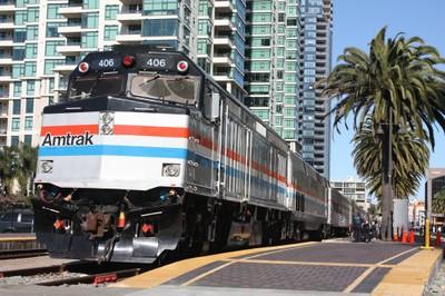 Exhibit Train visits San Diego