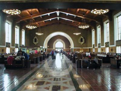 LAX station interior