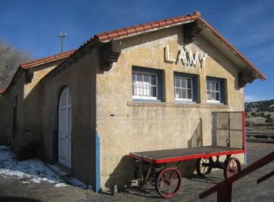 Lamy-baggage cart